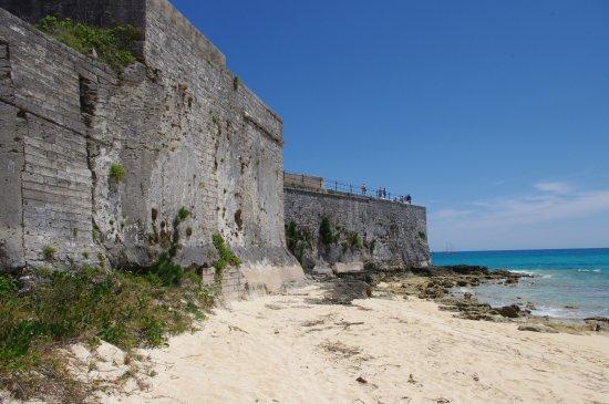 St. George, Bermuda: Fort St. Catherine beach side