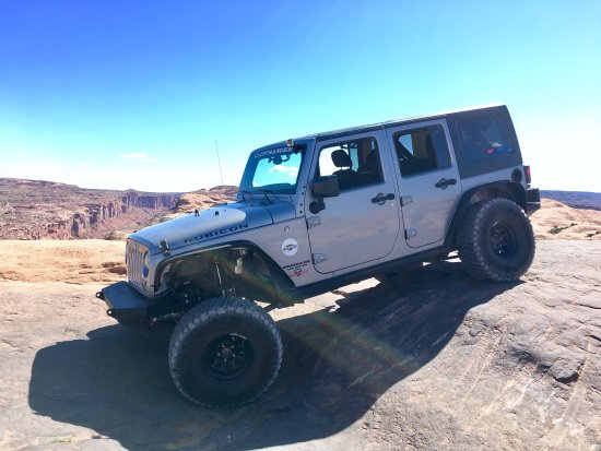 Cliffhanger Jeep Rental