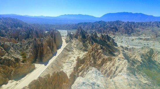 Quebrada de Las Flechas - Angastaco: Desde una elevación