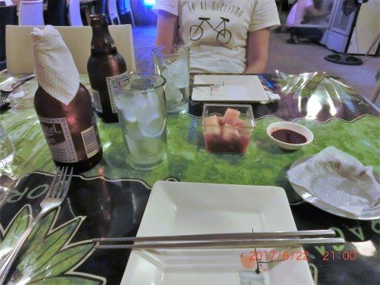 Malay, Filippinene: 席に着くと出された大根キムチ