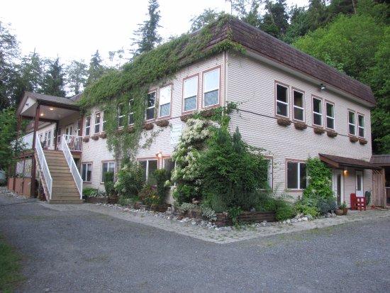 Sayward, Kanada: Mt H'Kusam View Lodge