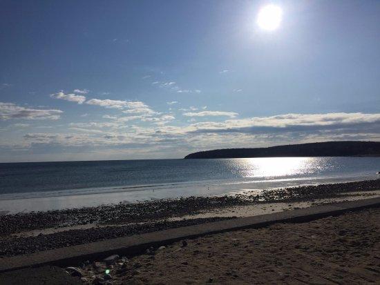 Sandy's at Plymouth Beach: Sun high in the sky!