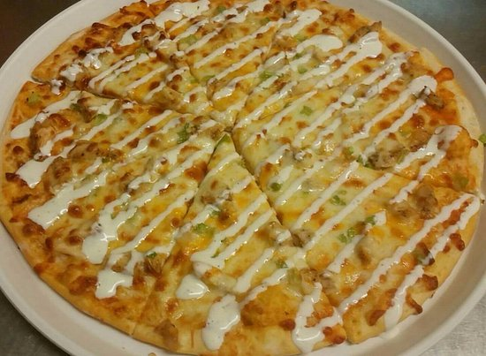 Stanley, WI: Buffalo Chicken Pizza