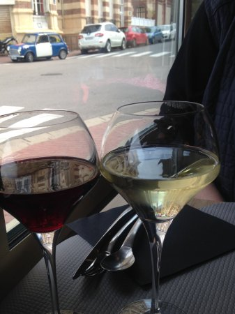 Le Royalty: Вино в красивых бокалах