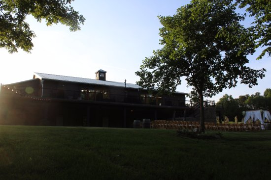 Chester, VA: The Barn at Ashton Creek, next door to the tasting room - this building host events of all kinds