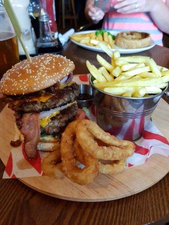 Bury, UK : IMG-20170627-WA0009_large.jpg