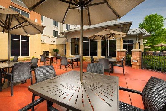 Hilton Garden Inn Chattanooga Downtown Updated 2017 Prices Hotel Reviews Tn Tripadvisor
