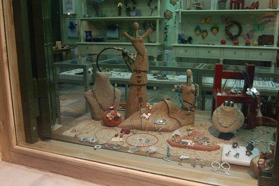 Ergastiri Jewellery