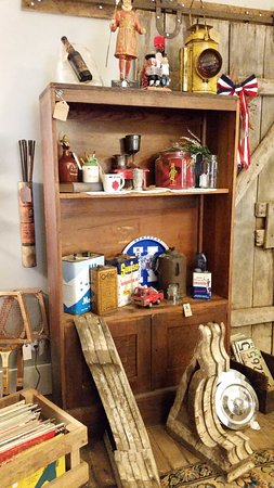 Bedford, IN: Mantiques