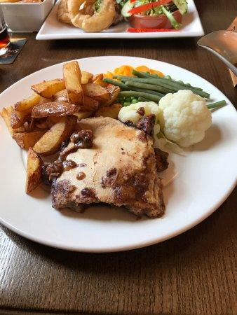 Morpeth, UK: steak pie