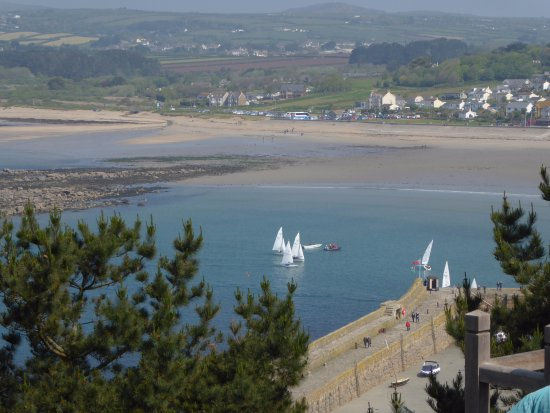 Marazion, UK: Another Harbor View from the Castle