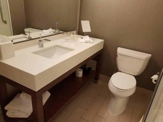 Маркхам, Канада: A view from bathroom