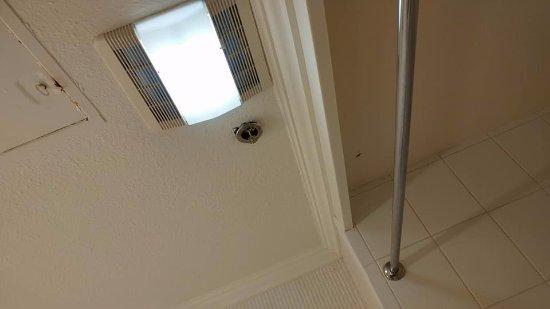 El Portal, CA: sketchy hole above shower
