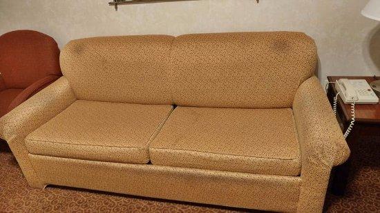 El Portal, CA: Nasty couch