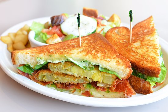 Geneva, IL: Fried Green Tomato BLT