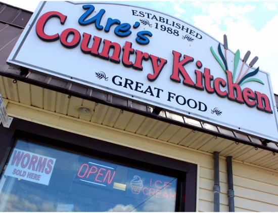 Harrow, Canadá: Ure's Country Kitchen - Great Food - Established in 1988