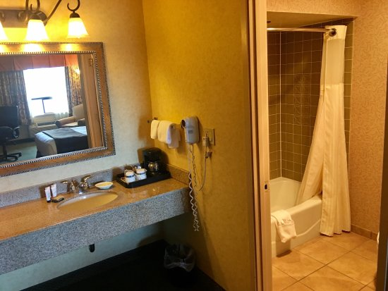 Red Lion Hotel Coos Bay: photo1.jpg