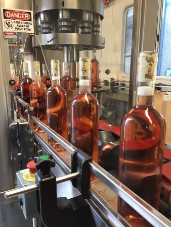 Los Olivos, Californien: bottling line