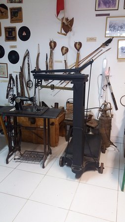Ypacarai, Paraguay: Ypacaraí, Paraguay, Parador Ruta del Sol. Museo de Antigüedades.