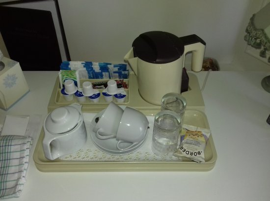 Longhope Guest House: tea tray