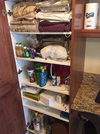 The Palm Bay Club: More junk cabinets