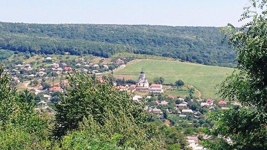 Capriana, مولدوفا: Capriana Monastery and surrounding landscape