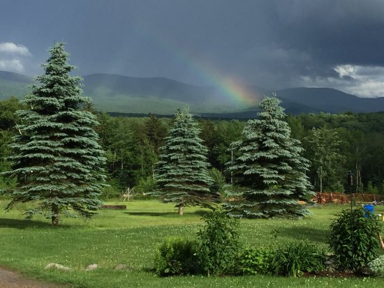 Ripton, Вермонт: Rainbow over the mountains