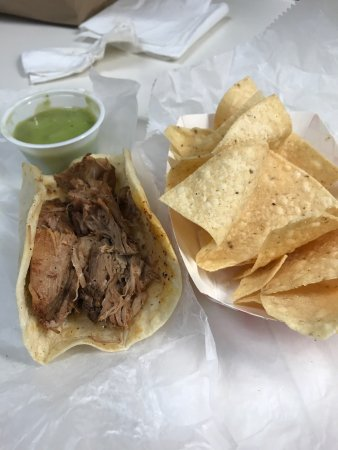 Mario's Taco & Burger House : Pork Carnitas and green salsa.