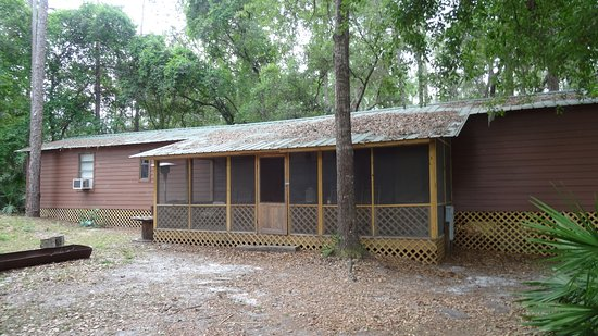 DeLand, FL: Highland Park Fish Camp