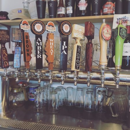 Buffalo, WY: We've got 10 Wyoming Microbrews on Tap!