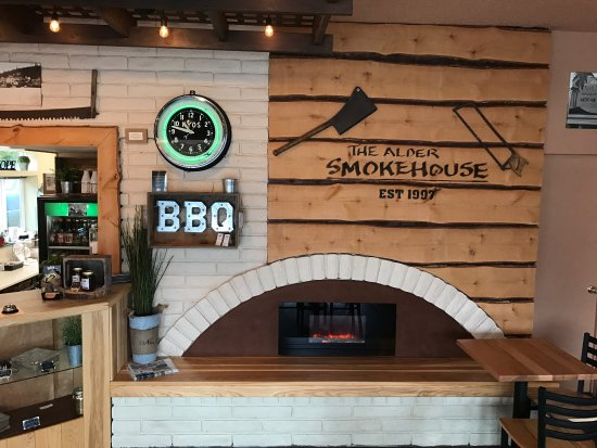 North Bend, OR: Alder SmokeHouse