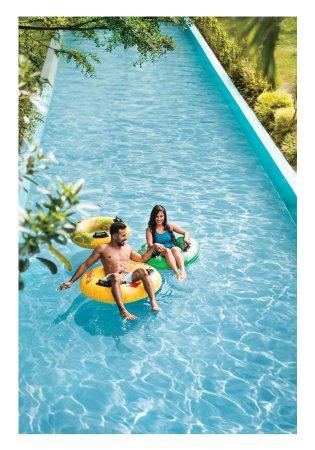 สวนสนุกวอนเดอร์ลา: If all you want is to wallow in the waters and relax, get yourself a float & drift in the lazy r