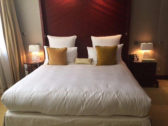 แมนดาริน โอเรียนเต็ล ปารีส: מיטה ענקית ונוחה