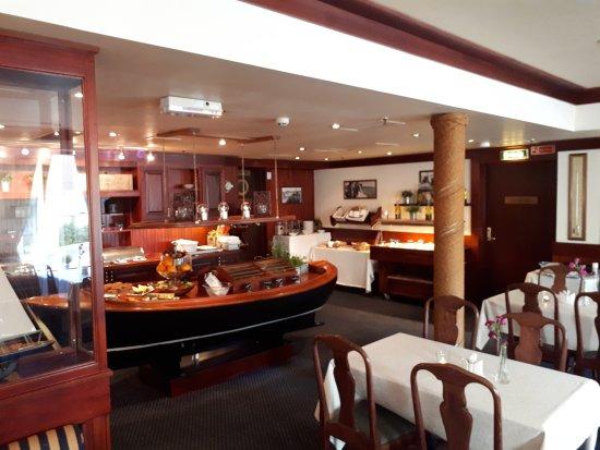Arendal Maritime Hotel: 20170617_074149_large.jpg