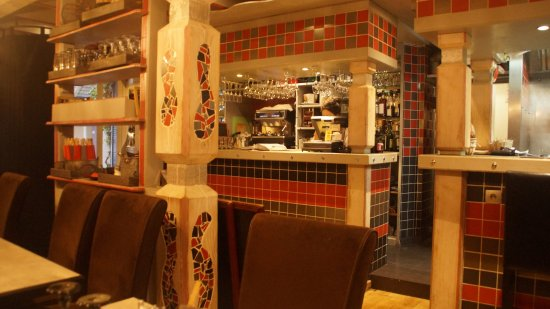 Lons-le-Saunier, França: bar
