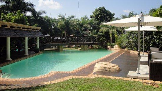 Summerfield botanical garden bewertungen fotos for Swimming pool preisvergleich