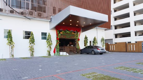Perai, Malezja: Entrance & Carpark