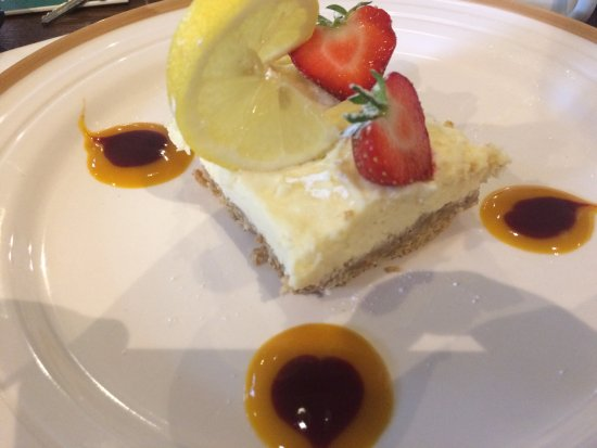 Llandudno Junction, UK: Lemon cheesecake (homemade daily do flavours vary).