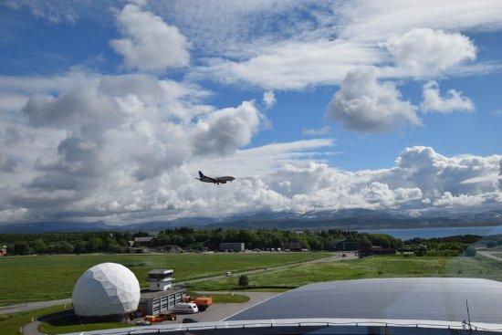 Bodø, Norge: Vue de la tour de contrôle du musée....