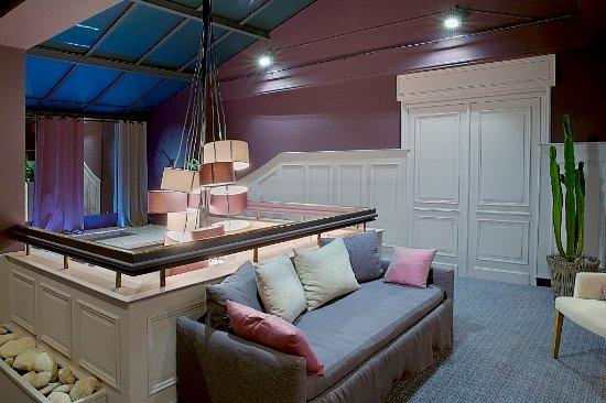 Best Western Hôtel de la Brèche : palier 1er étage