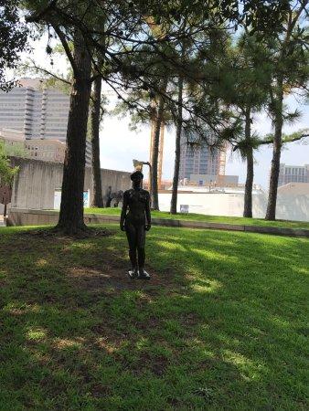 Quiet park lillie and hugh roy cullen sculpture - Lillie and hugh roy cullen sculpture garden ...