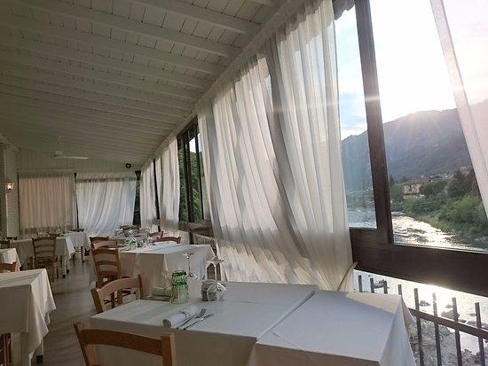 Zogno, Ιταλία: TERRAZZA SU FIUME BREMBO