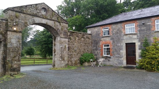 Killeshandra, Ireland: first cottage in courtyard