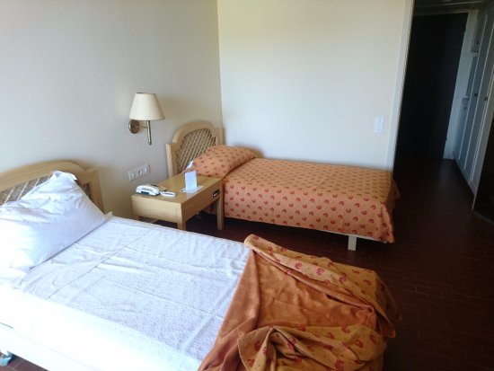 Etwas In Die Jahre Gekommen Picture Of Kernos Beach Hotel Malia