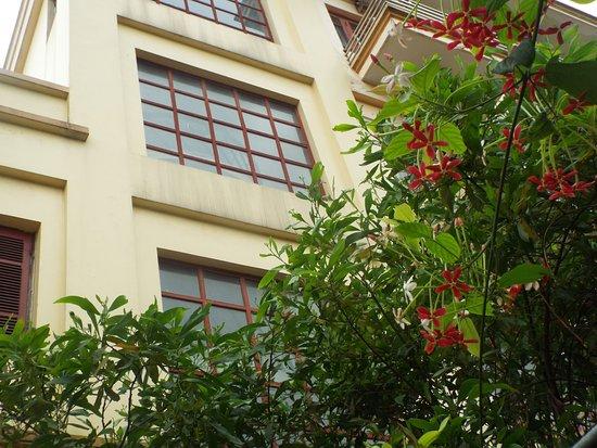 Bank Star Cua Lo Hotel: Địa chỉ 190 Bình Minh, sát bãi biễn Lan Châu, là bãi tắm đẹp nhất Cửa Lò.