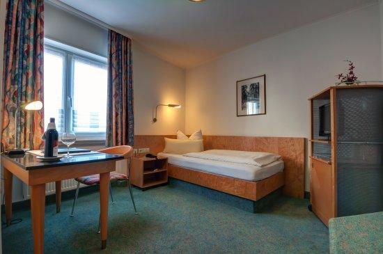 Hotel Zum weissen Roessel