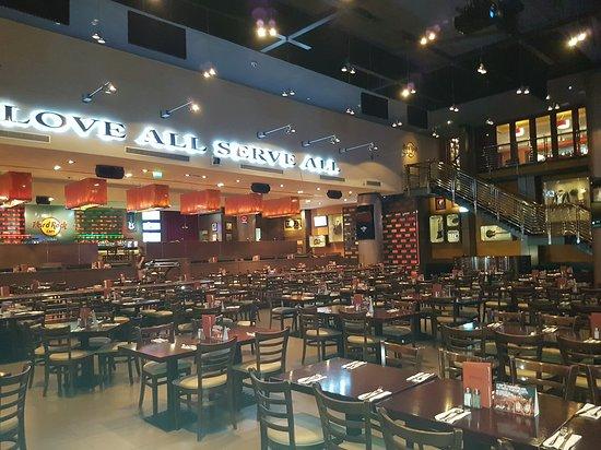 Hard Rock Cafe Dubai Alcohol