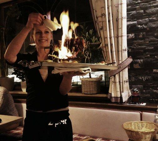 Nesselwaengle, Austria: Ein absolutes Geschmackserlebnis ist unser Flammendes Husarenschwert...