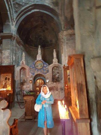 Gergeti Trinity Church - Picture of Gergeti Trinity Church ...