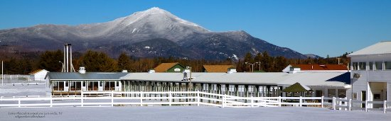 Wilmington, Nowy Jork: Whiteface from a White Carpet, Lake Placid, NY